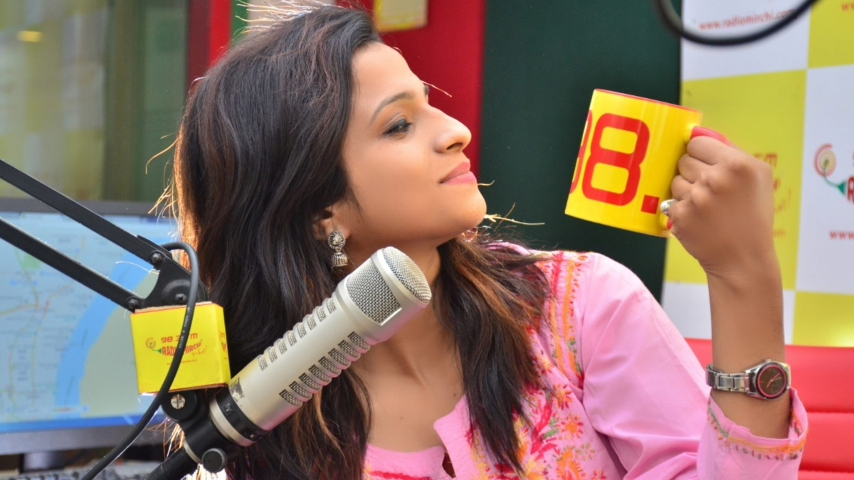 Spread smiles with Radio Mirchi Happiness Project